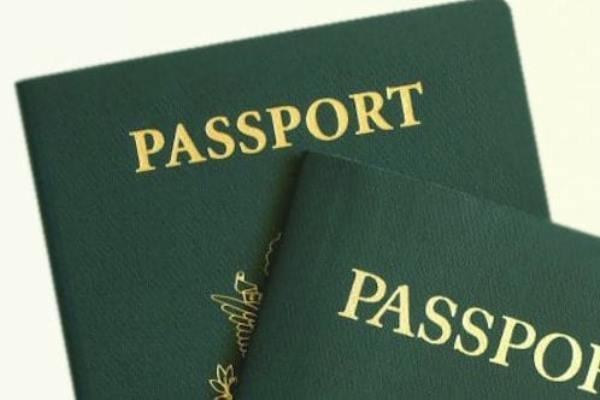هشدار انگلیس به شهروندان دوتابعیتی در مورد سفر به ایران