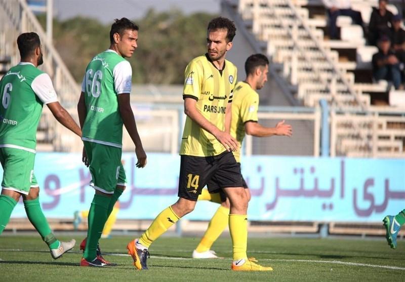 محمد نوری: پرسپولیس مزد زحمات خود را دریافت کرد، وصله کم کاری به بازیکنان ما نمی چسبد