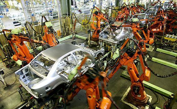 سبحانی فر عنوان نمود؛ تداوم کاهش قیمت خودرو در بازار، مردم سرمایه های خود را روانه بازار نکنند