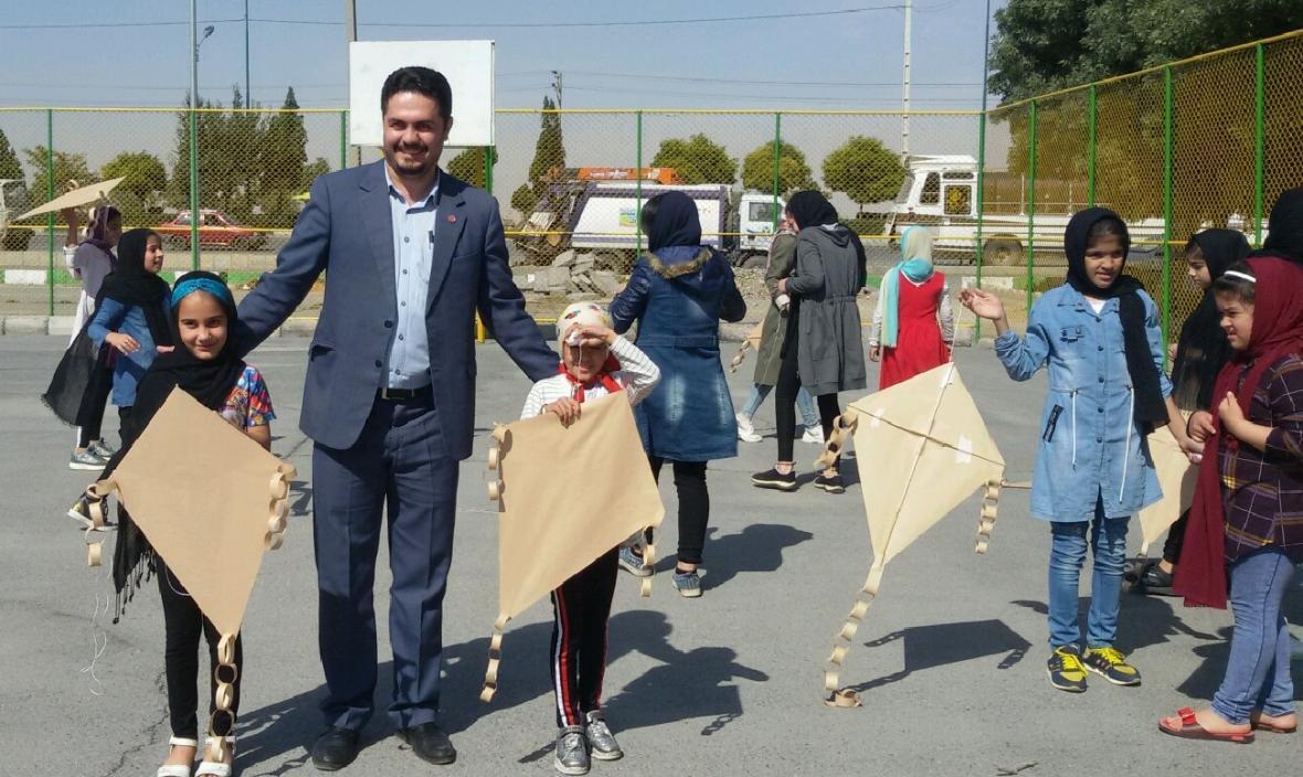 مراسم اختتامیه طرح مشارکت اجتماعی نوجوانان در پارک خیبر اراک
