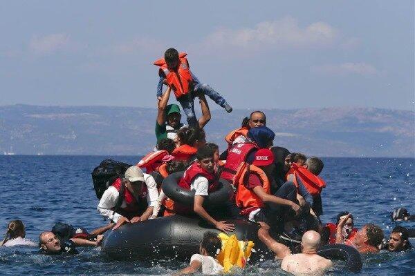 غرق شدن قایق پناهجویان در وان ترکیه، 7نفر کشته شدند