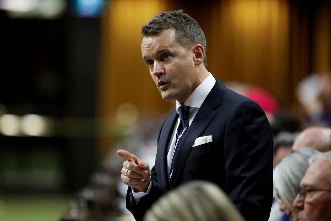 کانادا تعهدی برای کاهش فراوری معین نداد