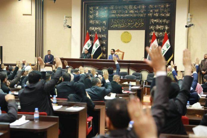 الزرفی برای نخست وزیر شدن به خارج تکیه نموده است