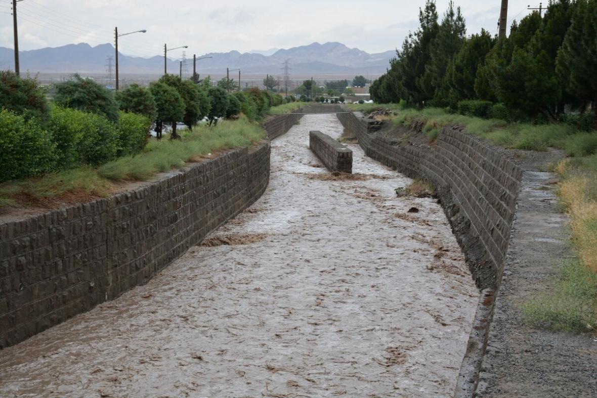 خبرنگاران اخطاریه هواشناسی درباره شدت بارش ها در خراسان جنوبی