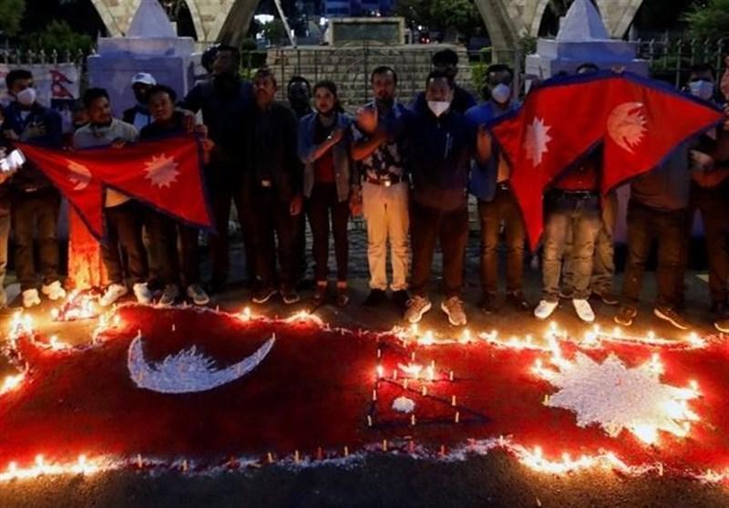 خوشحالی مردم نپال از تصویب نقشه جدید این کشور و آغاز مسائل تازه برای دولت هند
