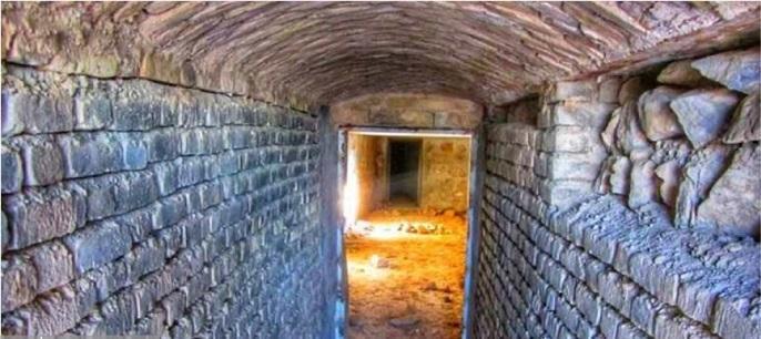 پادگان زیرزمینی قاجاری در شرق بجنورد شناسایی شد
