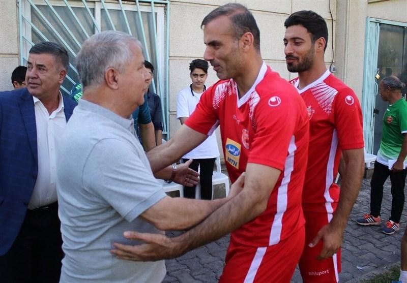 علی پروین در تمرین پرسپولیس حاضر شد