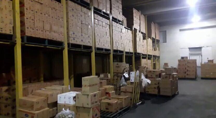 خبرنگاران 168 میلیارد ریال کالای احتکاری از انبارهای شهرستان ری کشف شد