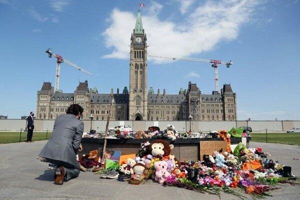 کانادا برای فرار از رسوایی گورها پای واتیکان را وسط کشید