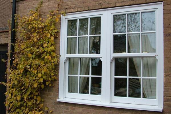 مقاله: پنجره دو جداره upvc چیست؟ (مزایا، معایب، انواع)